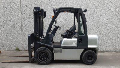 Heftruck Nissan FGD02A30Q 1 242