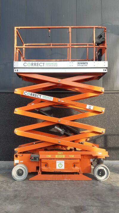 Schaarlift JLG 3246ES 2 000